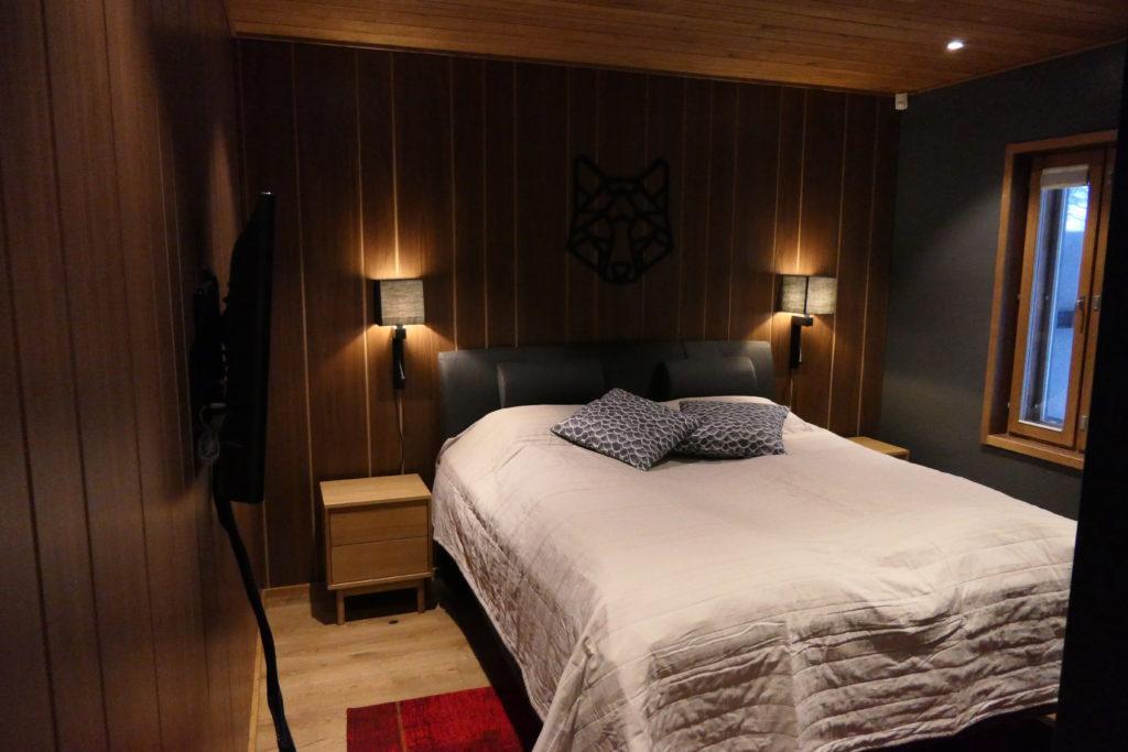 Sisääntulokerros makuuhuone