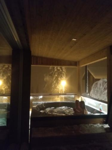 Terassin hot tub